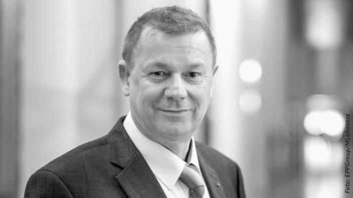 Dr. Markus Pieper