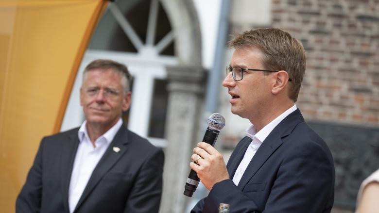 Landrat Hans-Jürgen Petrauschke und Bürgermeisterkandidat Jan-Philipp Büchler