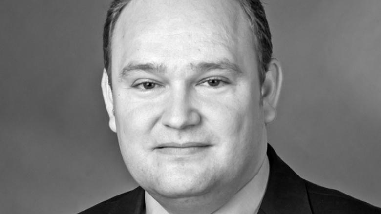 Dr. Tim Ostermann Dr. Tim Ostermann