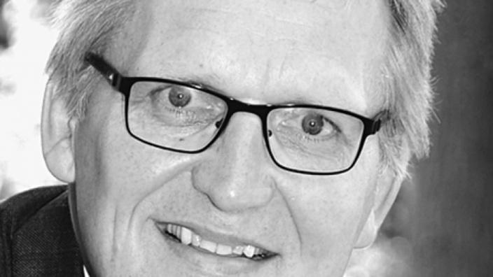 Prof. Dr. Dr. Thomas Sternberg